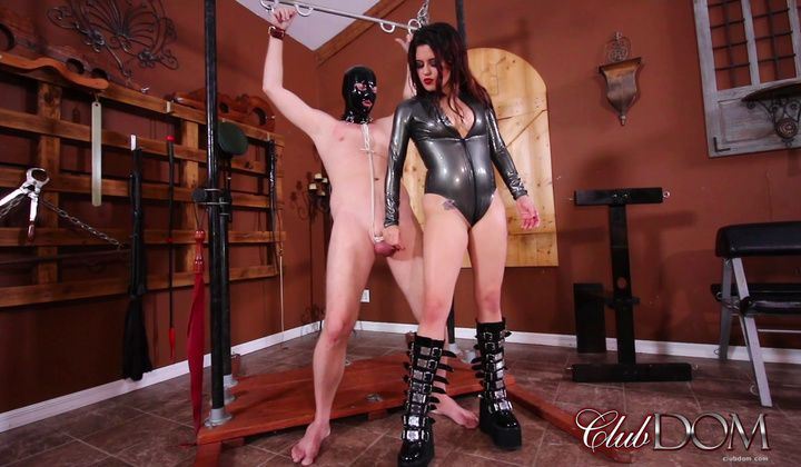 Fetish - Miss Roper's Dungeon Slave Milked